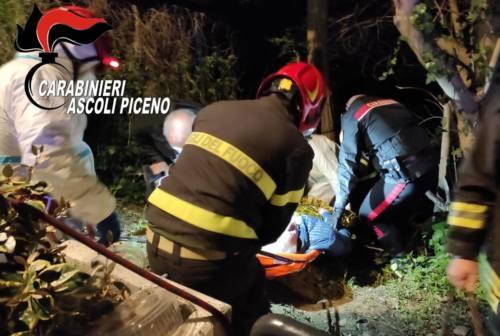Ascoli, anziano scivola in burrone e resta bloccato 12 ore: salvato