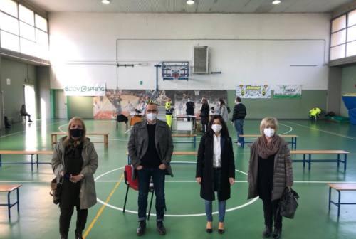 Pesaro, dall'11 maggio nuovi test rapidi agli studenti: i positivi faranno il molecolare