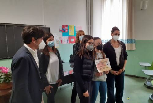 Jesi, Elisa Di Francisca fra gli studenti-sportivi della Borsellino: «Ora vedrò che fare da grande, come voi!»