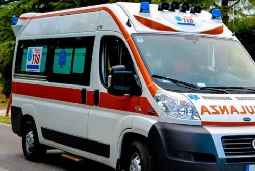 Gravissimo incidente contro un'auto, motociclista perde la vita a Senigallia