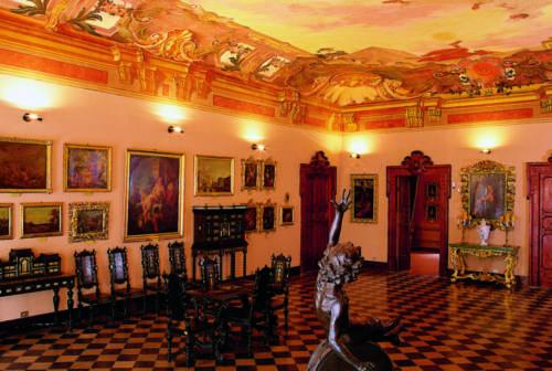 Ascoli, parte il restauro di due pale d'altare del Rinascimento. Al lavoro Unicam e Cgia