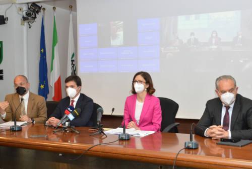 Ricostruzione e rilancio economico, Acquaroli chiede la Zes. Gelmini: «Idea brillante» – VIDEO