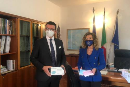 Innoliving, 10mila mascherine al Comune per le scuole di Falconara