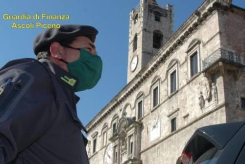 Ovuli con la droga in pancia: due tunisini bloccati dalla guardia di finanza