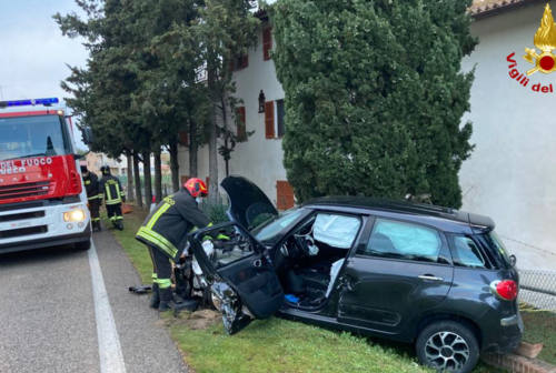 Corinaldo, incidente stradale sulla provinciale: 40enne ferita