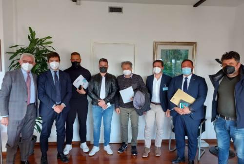 Confartigianato Macerata porta i ristoratori in Regione: «Riaprire in sicurezza non solo all'aperto»
