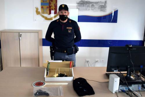 È un 17enne di Pesaro il rapinatore arrestato dalla Polizia a Rimini