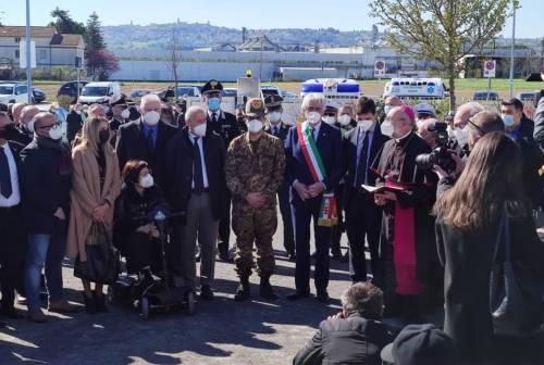 Macerata, il generale Figliuolo inaugura il centro vaccinale a Piediripa