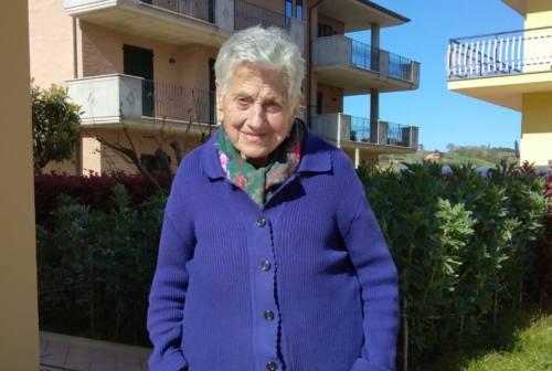 Monteprandone festeggia nonna Maria che compie 105 anni