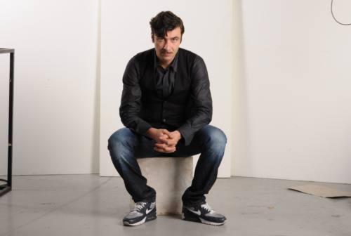 Piero Massimo Macchini, la riflessione a voce alta di un attore seduto in platea
