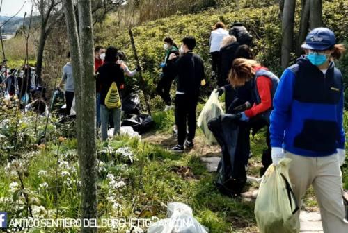 Antico Sentiero del Borghetto, 725 kg di rifiuti rimossi dai volontari