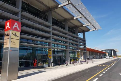 Ritorno a scuola in sicurezza, all'aeroporto Sanzio tamponi gratuiti ai bambini di Falconara