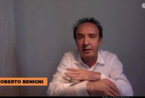 L'omaggio di Benigni a Dante e al Maceratese: «Se mi trovate una casetta a Urbisaglia io verrei volentieri»