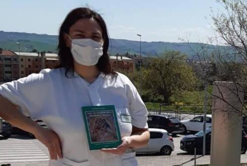 «Non chiamatemi eroe né angelo bianco»: Annalisa Strappini pubblica le paure di una Oss in tempo di Covid