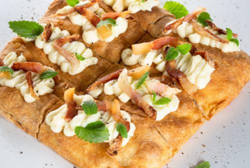 """La pizza """"quadra"""" spopola nella vallata del Tronto. Tra genuinità e innovazione"""