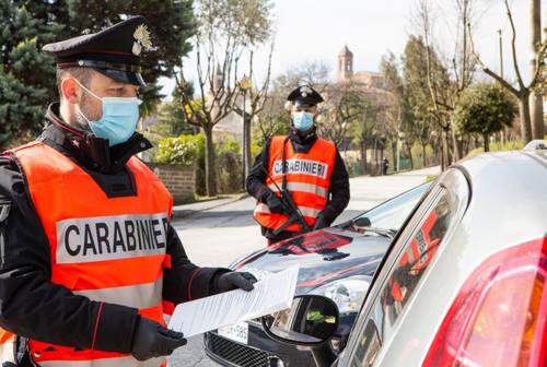 Tamponamento a catena a Senigallia: maxi sanzione a una 22enne senza patente