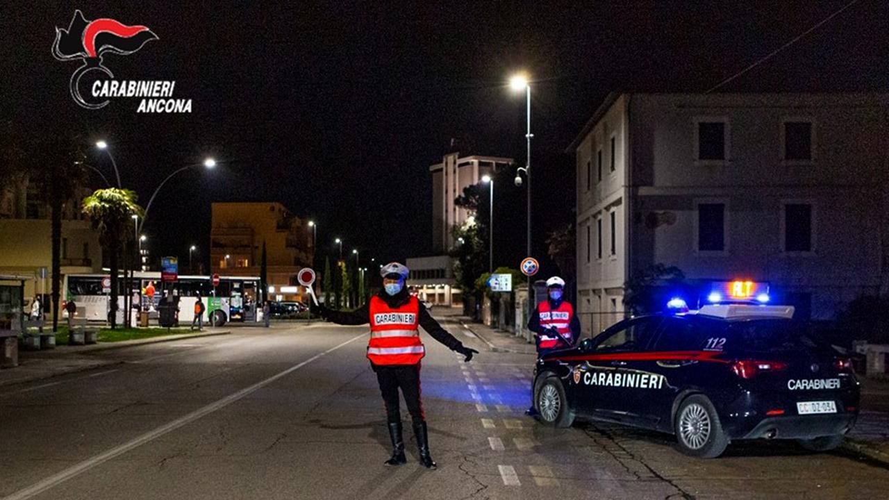 I carabinieri di Senigallia impegnati nei controlli stradali