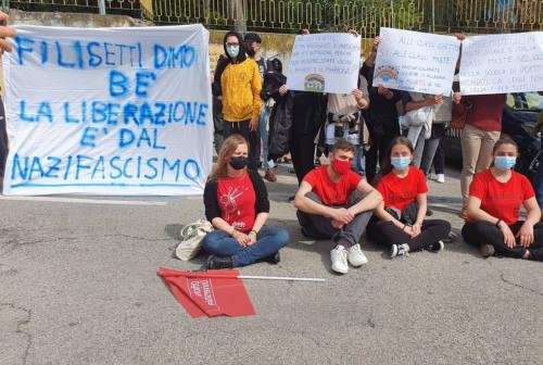 Il 25 aprile e la lettera di Filisetti alle scuole: dopo la polemica ora la protesta degli studenti ad Ancona