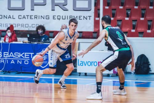 """Basket: il """"golden boy"""" Gianmarco Gulini resta alla Ristopro Fabriano"""
