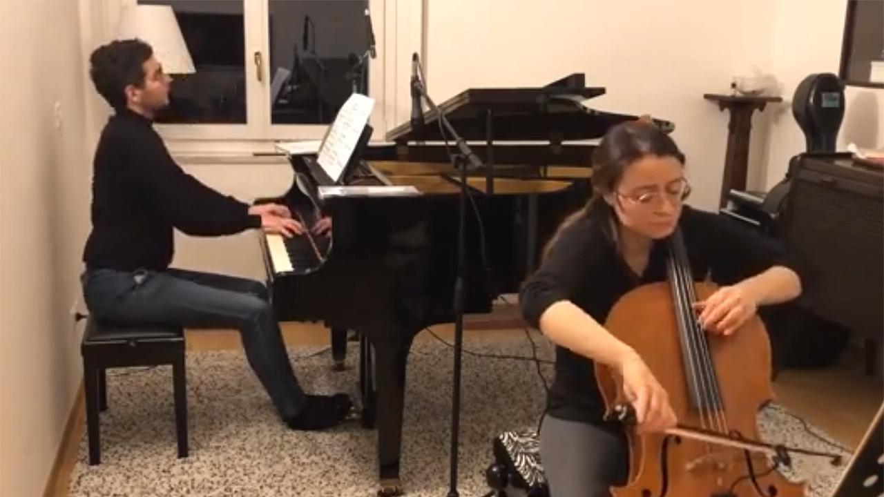 Un'esibizione di Italian Cello Files, con Chiara Burattini al violoncello e Umberto Jacopo Laureti al pianoforte
