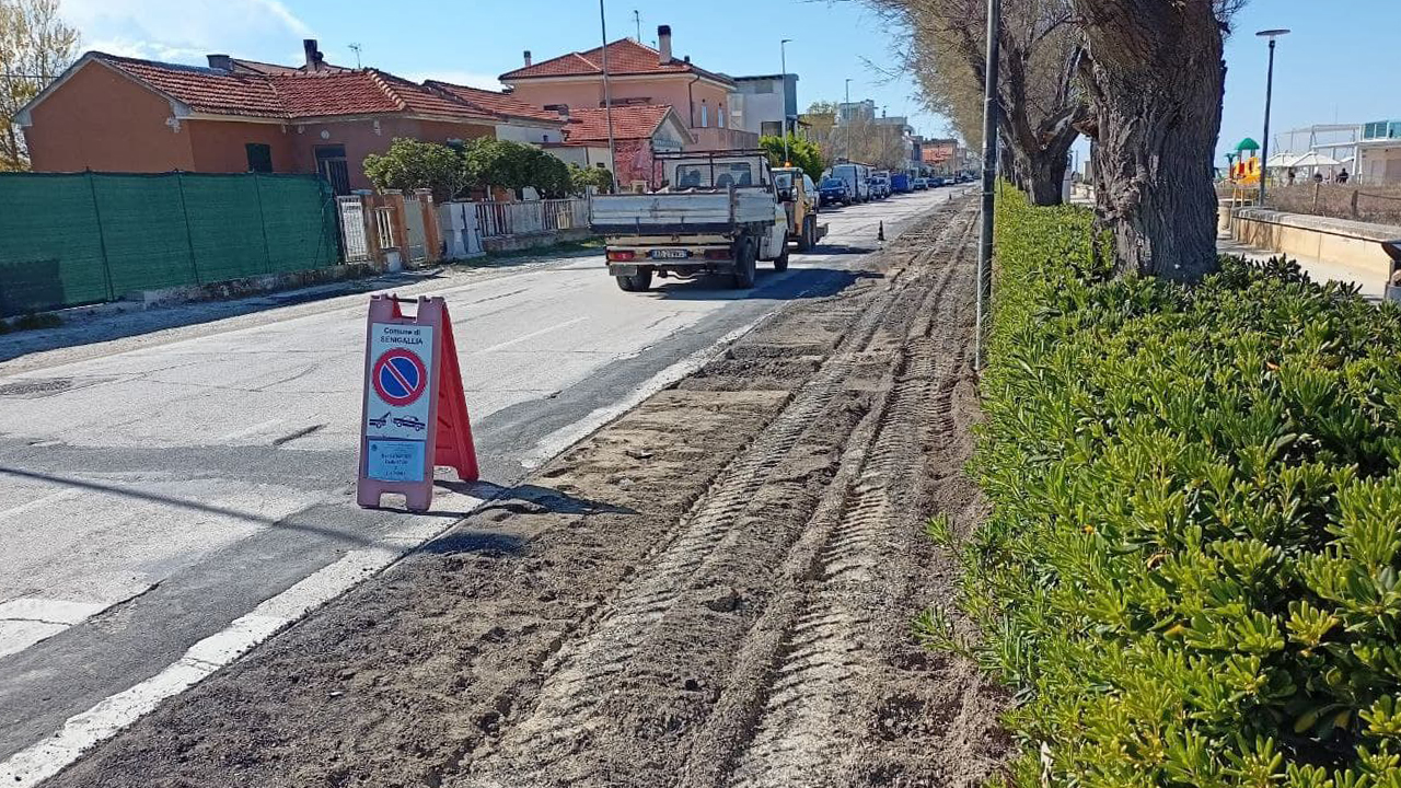 Lungomare Mameli, via ai lavori per la riqualificazione del litorale nord di Senigallia