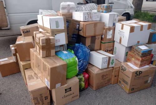 Jesi, trasportava irregolarmente in Ucraina i pacchi delle badanti: oltre 4mila euro di multa
