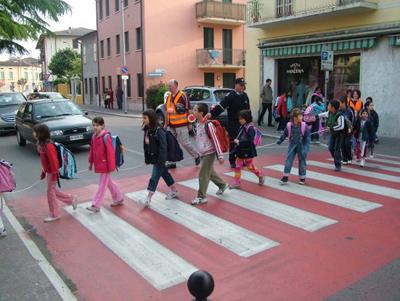 Montemarciano: a scuola a piedi, al via il progetto Pedibus
