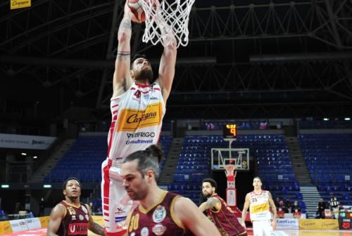 Basket, una brutta VL Pesaro cade contro Brindisi