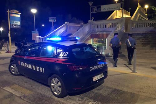 Ancona: ruba una bici poi danneggia auto parcheggiate, 23enne nei guai