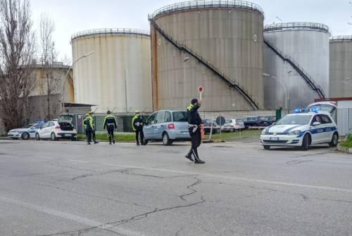 Falconara, nuovo etilometro per la polizia locale per i controlli in estate