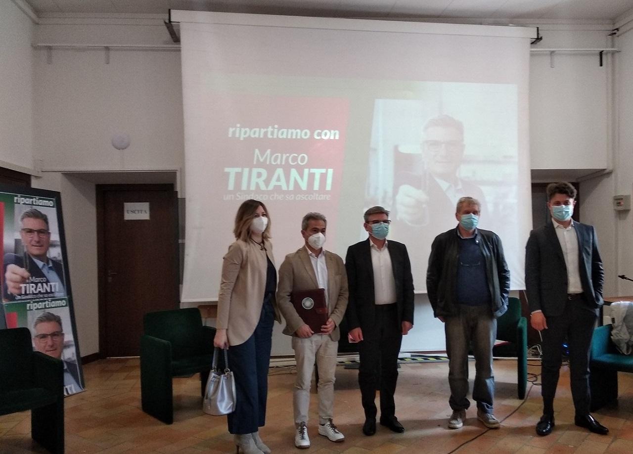 Da sinistra: Lara Piatanesi, Giacomo Circelli, Marco Tiranti, Emilio Romagnoli e Mattia Magagnini