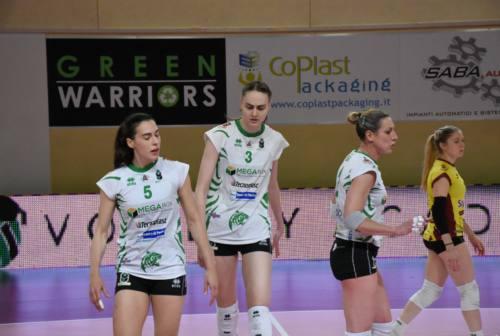 Volley, per la Megabox Vallefoglia gara 1 della semifinale è amara