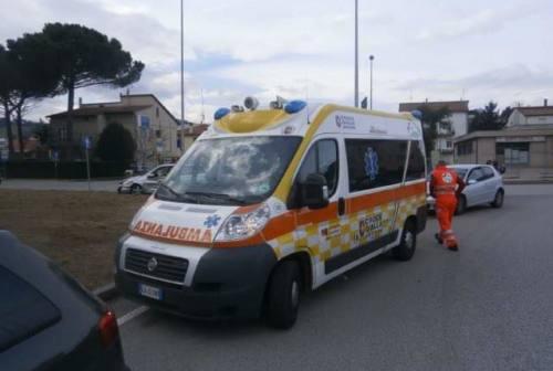 Ancona, bambino di 5 anni in bici investito da un'auto. Portato al Salesi