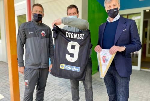 Visita dell'Ascoli calcio ad Arquata: Dionisi emoziona gli alunni delle scuole