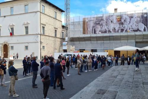 Ascoli, successo per il tour culturale sui luoghi del Dante esiliato