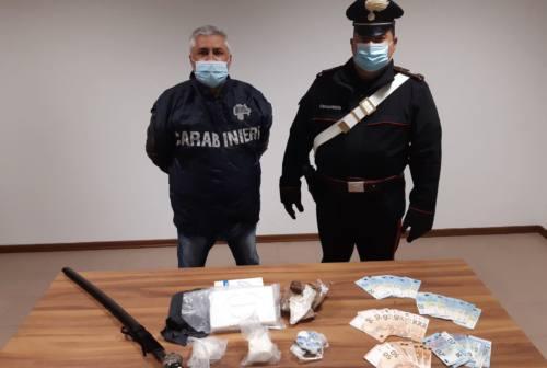 Urbino, oltre 100mila euro di cocaina nel furgone: arrestato 22enne