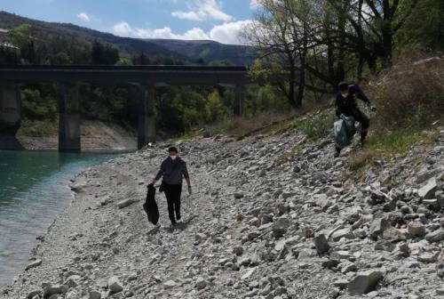 """""""Puliamo Fiastra"""": ancora un appuntamento dedicato alla tutela dell'ambiente e del lago"""