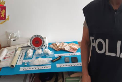 Traffico di cocaina tra Ancona e Civitanova: arrestato giovane spacciatore