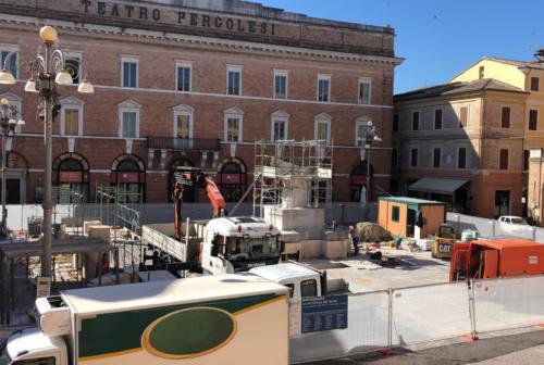 Jesi, quale futuro per il leone rampante di piazza della Repubblica?