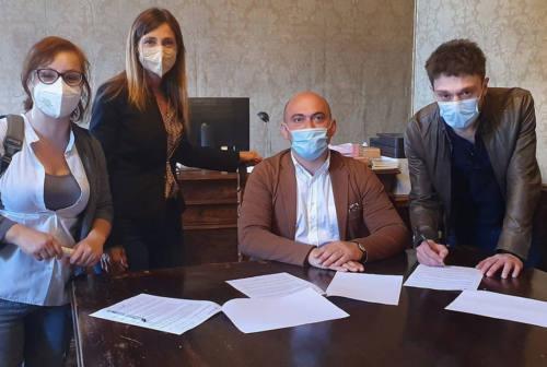Osimo, cinque over 30 disoccupati impiegati per un progetto sulla gestione del verde urbano