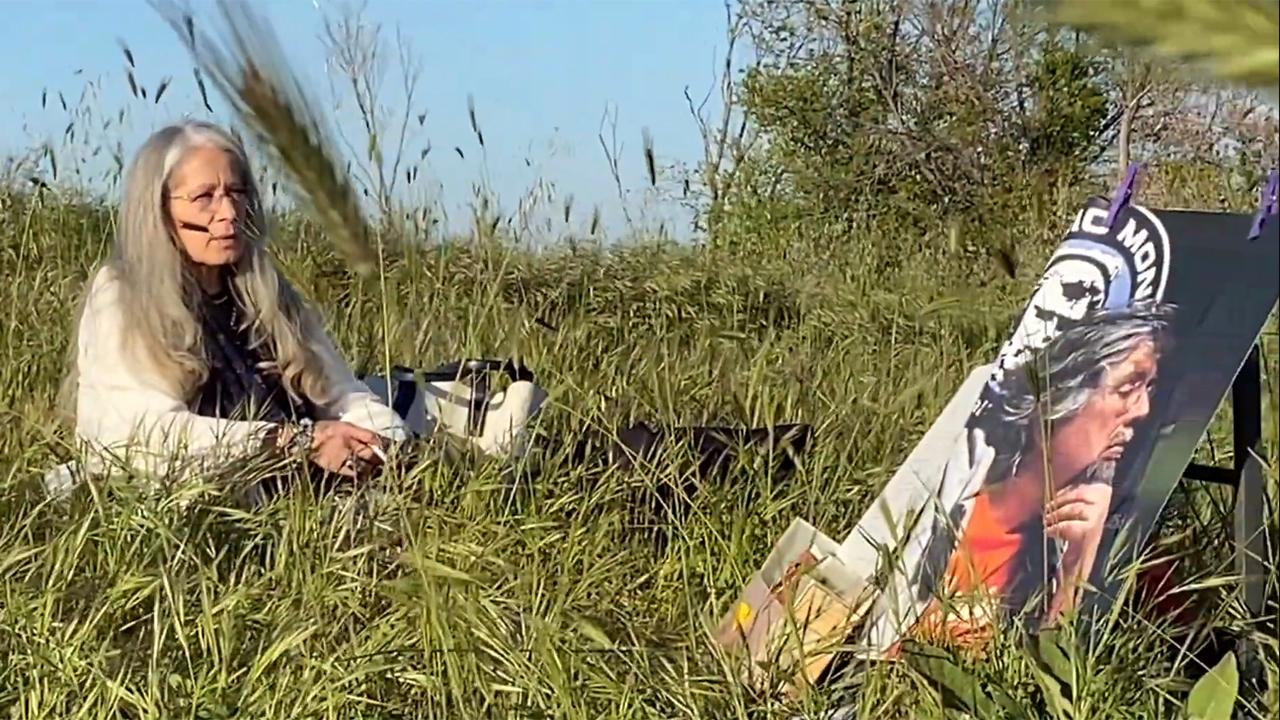 Patrizia Tardelli durante le riprese per il video omaggio al marito Leonardo Barucca scomparso il 7 maggio 2020