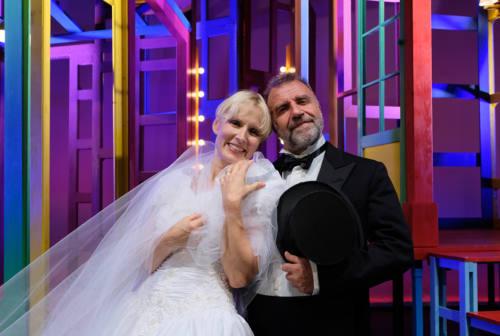 Ascoli, riapre il teatro Ventidio Basso: in scena una commedia degli equivoci sentimentali