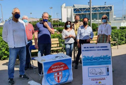 Fano, più di 500 firme contro i parcheggi a pagamento in zona Lido