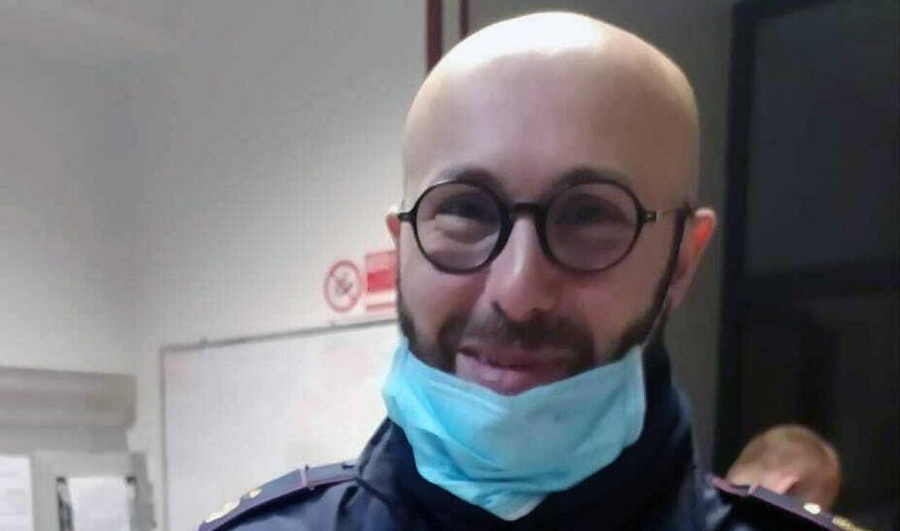 Samuele Santi, il poliziotto che ha perso la vita sull'Apecchiese