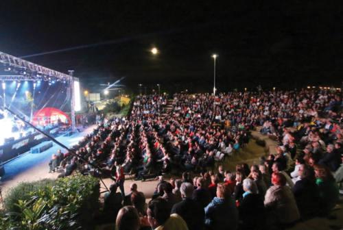 A Fano riparte l'intrattenimento: teatro, musica live e cinema all'arena BCC. Ecco il programma
