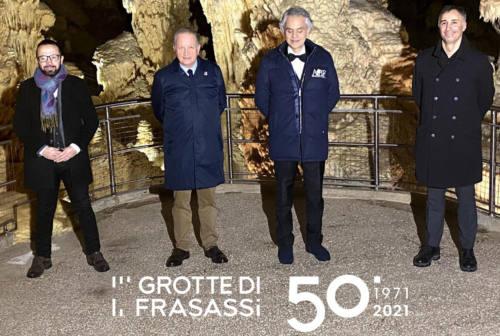 Grotte di Frasassi, un nuovo logo per il  50° anniversario della scoperta e il volano Mancini-Bocelli