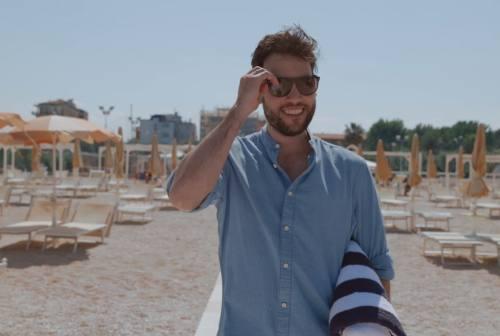 In spiaggia con un click: ecco la nuova app ideata da due giovani di Camerino