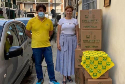 La solidarietà della Coldiretti non si ferma: consegnati pacchi alimentari alle famiglie di Civitanova