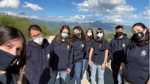 Fabriano: il Leo Club attento all'ambiente, ripulita dai rifiuti la zona Monticelli