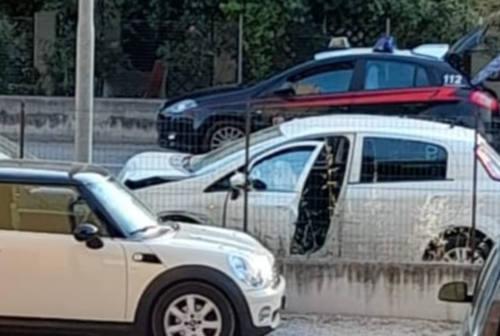 Colpo di sonno, carambola con le auto in sosta a Senigallia
